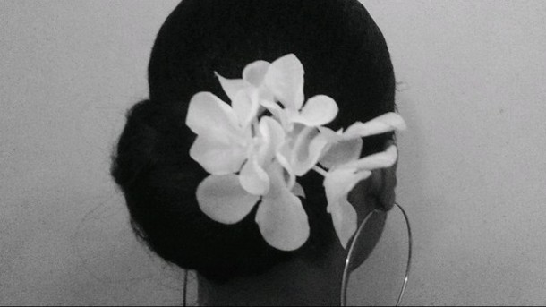 hair accessory flower accent