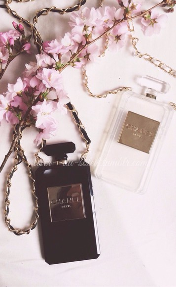 fashion designers jewels chanel iphone 5 cases iphone case chanel logo chanel inspired blogger tumblr accessories transparent black and white hipster trendy top flowers model instyle