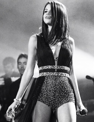 dress play suit dress play suit dressés black dress long black dresses long black gowns gown celebrity style selena gomez celebrity brunette tanned girl prom dress long prom dress long evening dress glitter dress glittery sh