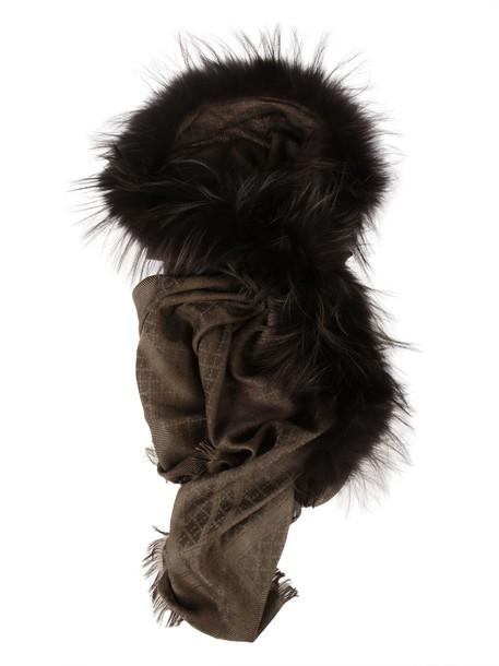 gucci fur scarf