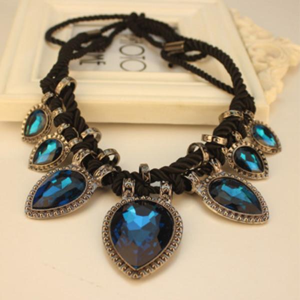 jewels fashiob necklace
