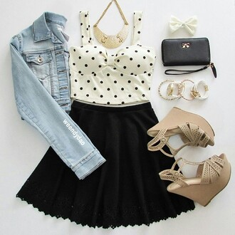 blouse coat dress jacket jewels hair accessory pants shirt skirt top tank top bag