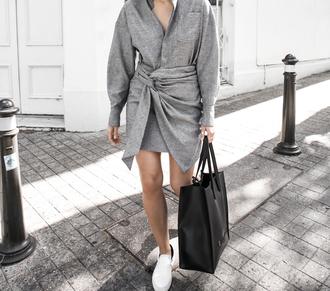 modern legacy blogger shirt dress bag shoes tote bag grey dress