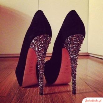 shoes black heels wow celebrity gorgeous beautiful pretty high heels amazing fashion fashionista stylish hot sexy spikes studs spiked heels pumps diamonds black heels sparkle