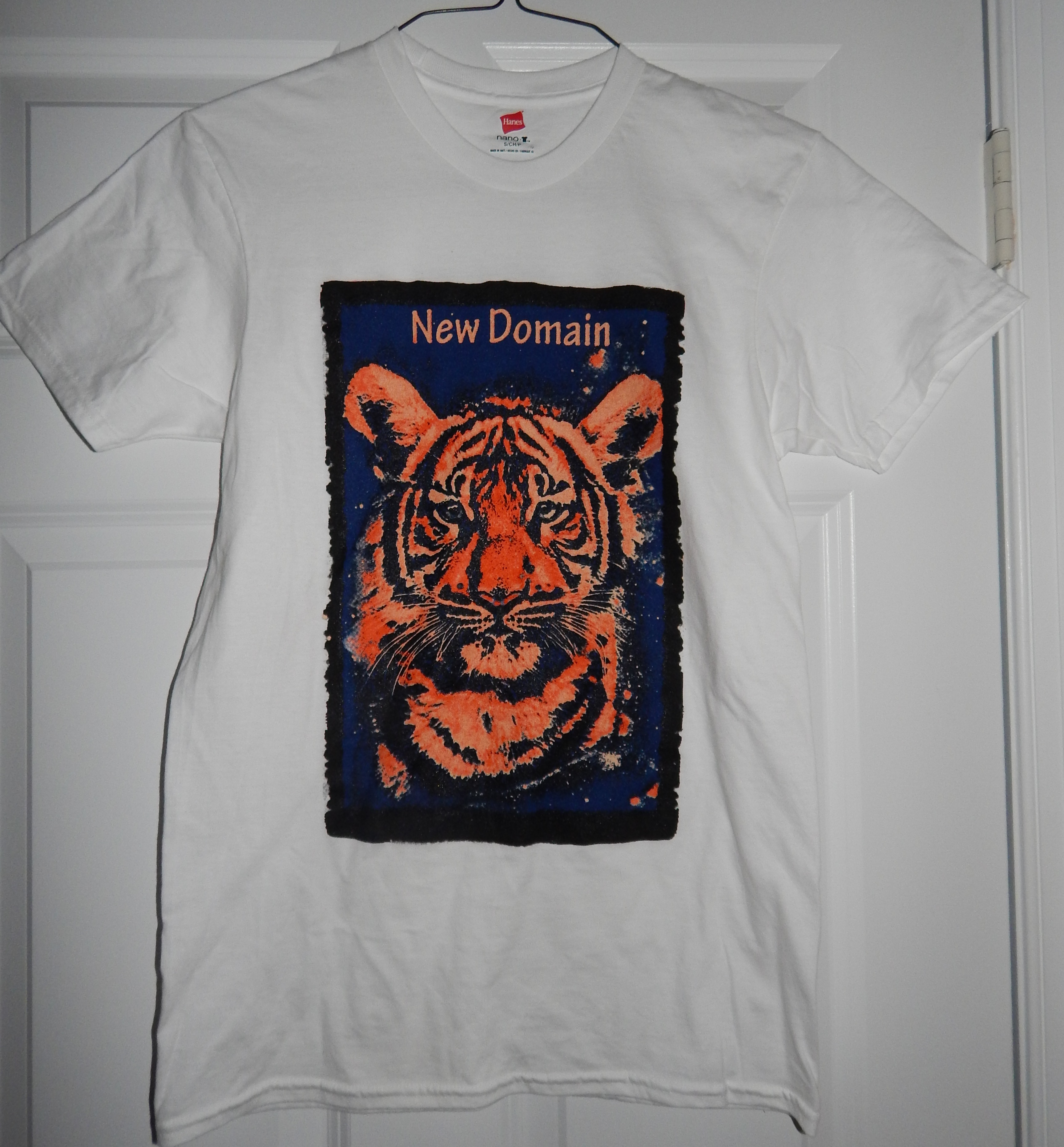 White - Vibre Tigre / New Domain Clothing