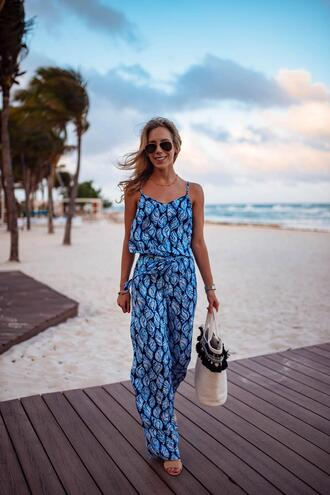 katie's bliss - a personal style blog based in nyc blogger jumpsuit shoes bag jewels straw bag spring outfits sandals