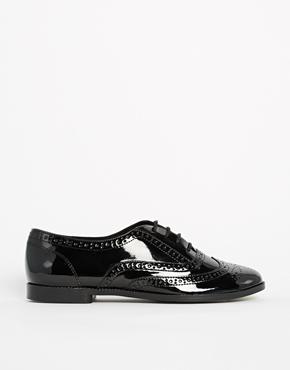 New look komedian patent black brogue flat shoes at asos.com