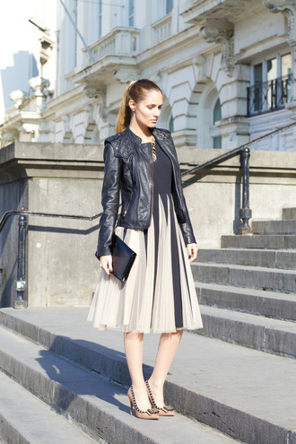 from brussels with love blogger dress shoes jacket bag jewels