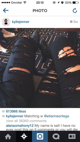 jeans black jeans ripped jeans kylie jenner jeans kardashians kylizzle black kylie jenner distressed jeans