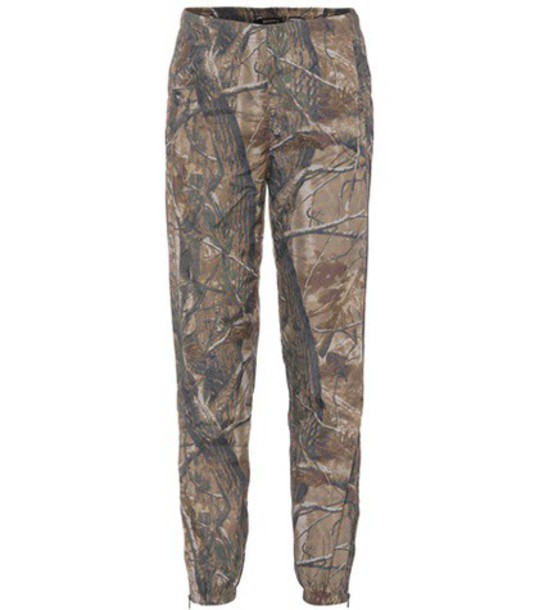 yeezy camouflage green pants