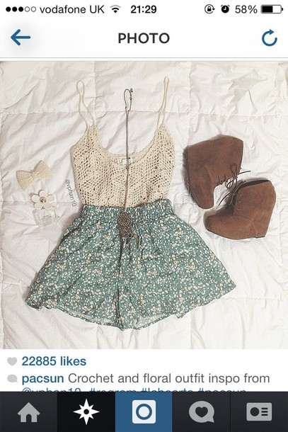 skirt floral pretty summer wedges crochet top hair bow mark jacob perfume shorts shirt jewels shoes white lace top blouse teal girly flowers top crochet tank top flowered shorts light blue cute shorts