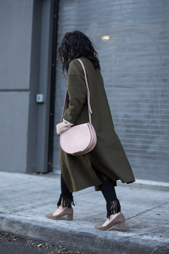 coat tumblr green coat long coat jeans black jeans frayed jeans frayed denim pointed toe pumps pumps mid heel pumps bag pink bag fall outfits green long coat