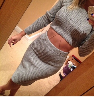 knitted cardigan knitwear knitted scarf knitted sweater grey sweater crop tops cropped sweater two-piece matching skirt and top body bodycon dress bodycon skirt skirt midi skirt tights