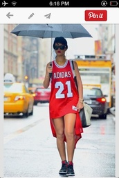 dress,rihanna,shirt,adidas,style,chicago bulls,trikot,21,zaful,rihanna style,rihanna red dress,fashion,jersey,jersey dress,high low dress,high low,red dress,red,sleeveless,sleeveless dress,white,nike,jordans,gold chain,sexy,gold watch