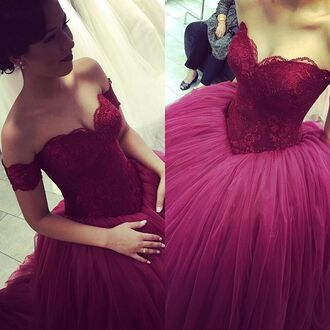 dress red winered spitze brautkleid sweetheart neckline ball gown dress strapless lace burgundy prom dresses gown elegant fashion popular style beautiful vintage prom dresses vintage prom dress burgundy long dress long long prom dress prom dress prom prom gown sleeveless sleeveless dress pretty gorgeous graduation dress burgundy dress