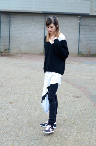 lovely by lucy blogger off the shoulder sweater black sweater blouse sweater jeans bag