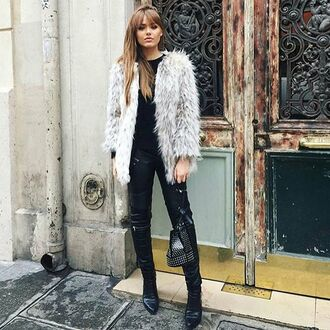 coat storets kayture kristina bazan blogger top blogger lifestyle blogger chic winter outfits winter coat faux fur faux fur coat