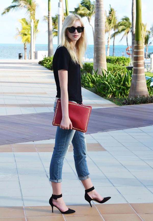 vogue haus t-shirt jeans shoes bag jewels sunglasses