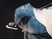 jeans,cropped jeans,boyfriend jeans,fall outfits,clothes,denim,fashion,converse,ripped jeans,denim jacket,menswear