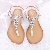 shoes,silver low heel sandals,diamonds,rhinestones,sandals,beige,summer,luxury,jewels,party,silver,white,brown,leather,summer shoes,sassy,glamour,flip-flops,strappy sandals