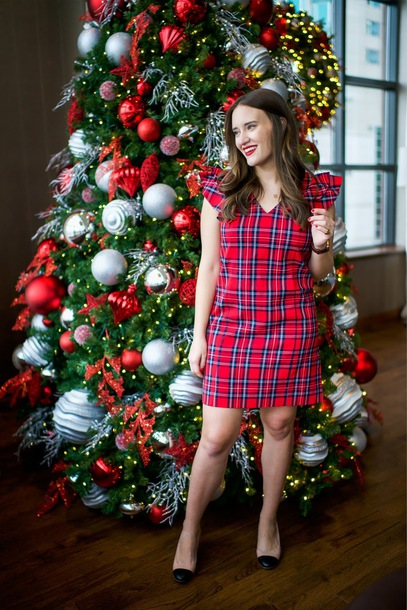 covering bases curvy blogger dress shoes jewels christmas plaid dress pumps mini dress