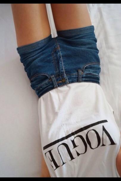 shorts vogue blue shorts t-shirt shirt top High waisted shorts high waisted blue shorts