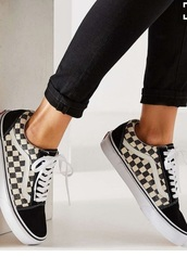 shoes,vans checkers high top