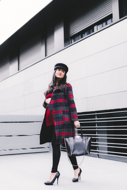 crimenes de la moda blogger coat hat blouse pants shoes bag fall outfits winter outfits handbag plaid coat