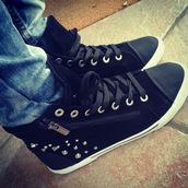 shoes,studs,black