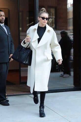 shoes coat gigi hadid model off-duty streetstyle winter coat