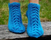 socks,knitted slippers,knitted socks,wool socks,wool slippers,cable knit,for women,gift ideas,christmas gift for her