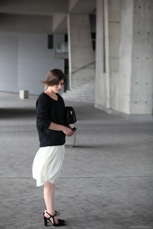 vienna wedekind skirt bag shoes sunglasses