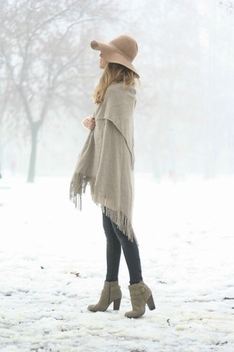 shoes winter outfits hat boho floppy hat fall outfits poncho