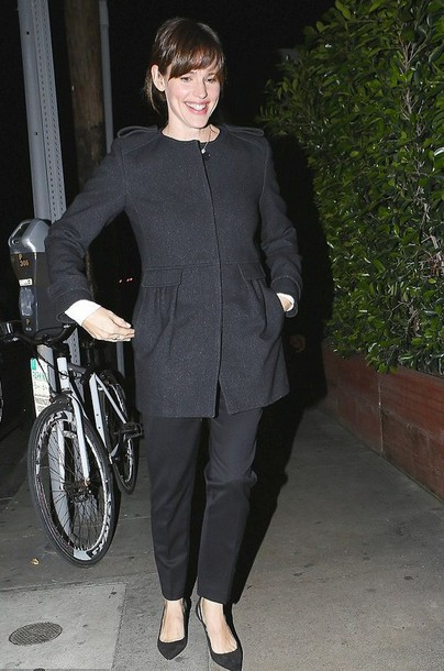 Jennifer Garner collarless charcoal grey coat coat