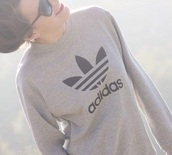 top,adidas,sweatshirt,sportswear,adidas sweater,logo,sweater,shirt