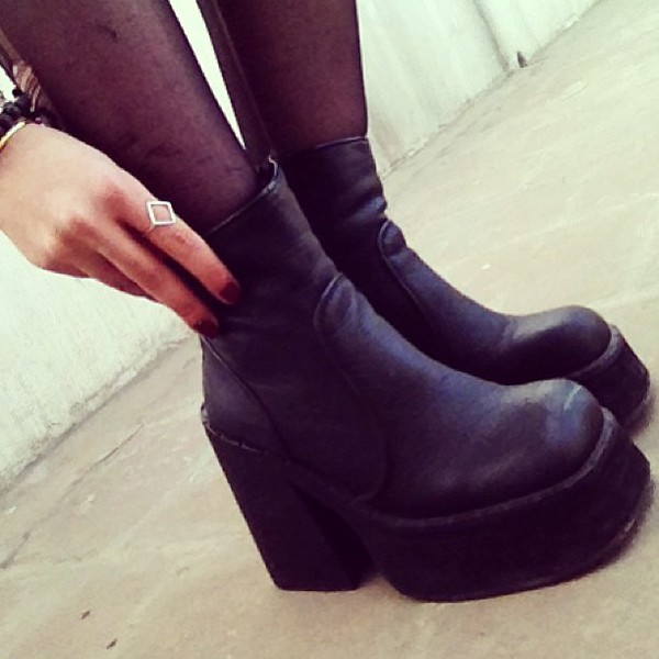 shoes le happy boots luanna perez