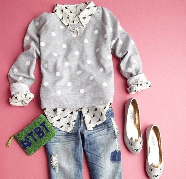 sweater grey forever 21 polka dots grey sweater clutch ballet flats jeans belt