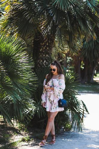 kolorowa dusza blogger jumpsuit bag jewels sunglasses shoes