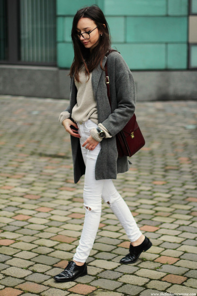 the fashion cuisine blogger coat sweater jeans jewels bag
