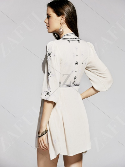 Retro Embroidery Plunging Neck 3/4 Sleeve Dress