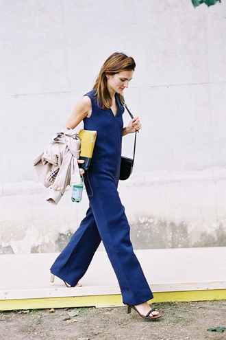 vanessa jackman blogger shoulder bag black sandals blue jumpsuit