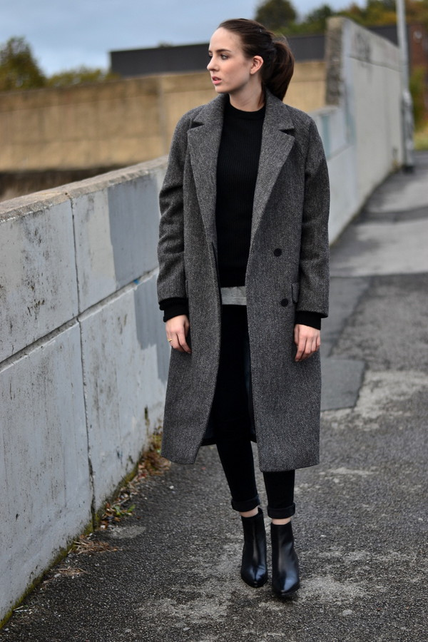 Oversized tweed coat
