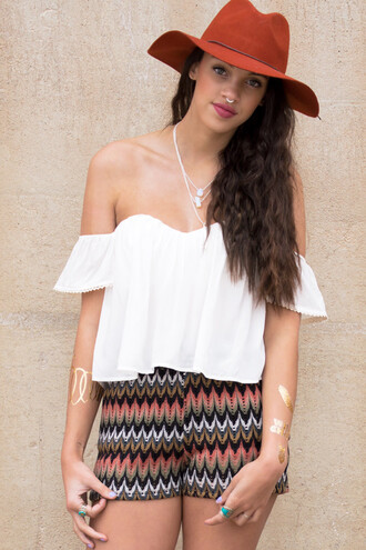 top crop tops summer summer outfits spring spring outfits fedora lookbook bohemian boho shorts indie coachella festival style fashion cute jewelry jewels