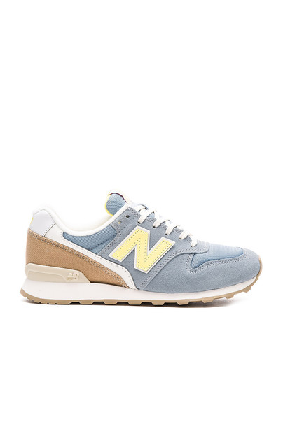 New Balance Lakeview Sneaker in blue