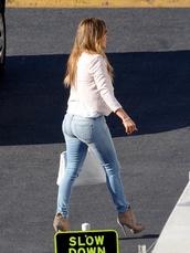 jeans,jennifer lopez,sexy,ripped jeans