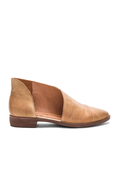 Free People tan shoes