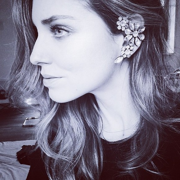 chiara ferragni blonde salad jewels ear cuff earrings blonde hair