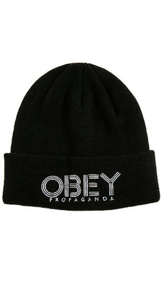 winter outfits cute black with tuque