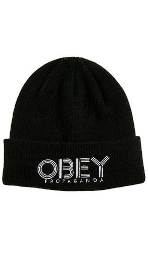 winter outfits black with tuque cute hat