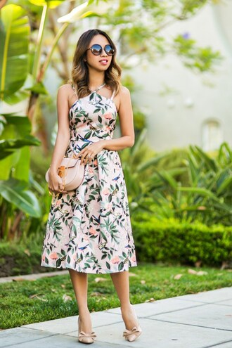lace and locks blogger bag sunglasses floral dress round sunglasses mini bag nude heels